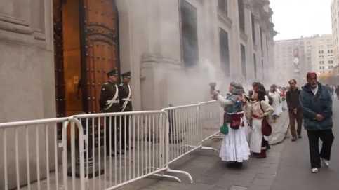 Sahumerio a La Moneda – Chile 11S