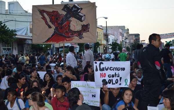 Coctel de violencia política, pobreza y narco emerge en México