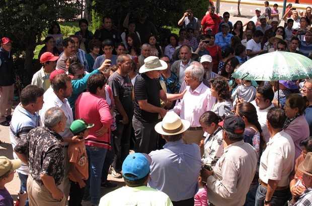 """Fox y Calderón """"calladitos y aplaudidores"""", porque ayudaron a Peña en el 2012: AMLO"""