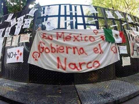 Muestras de apoyo en Buenos Aires, Argentina (foto: @masde131)