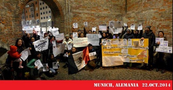 Abrazo solidario hoy, desde Múnich, ALEMANIA #AyotzinapaSomosTodos #EPNBringThemBack