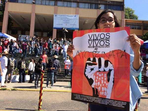 En Morelos, estudiantes marcharán para exigir la aparición de los normalistas de Ayotzinapa. (Reforma)
