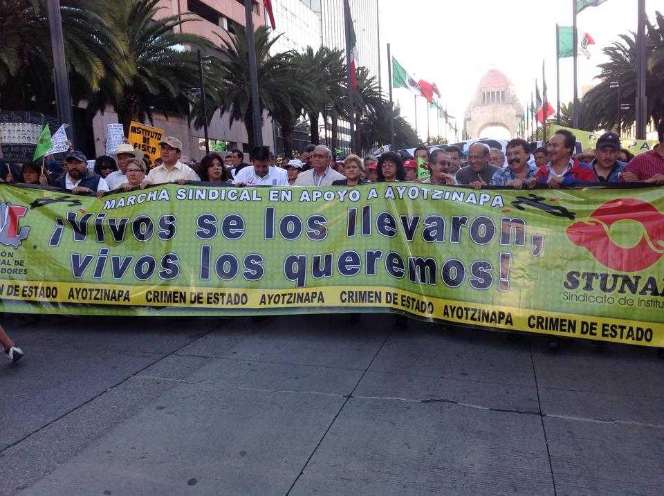 Debate en la UNAM por masacre de Iguala