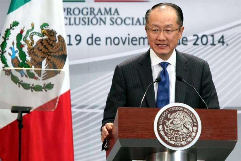 Banco Mundial exige justicia para Ayotzinapa