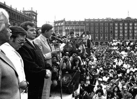 Cuauhtémoc Cárdenas renuncia al PRD