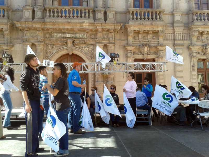 Grupo de priístas agrede manifestación en Chihuahua
