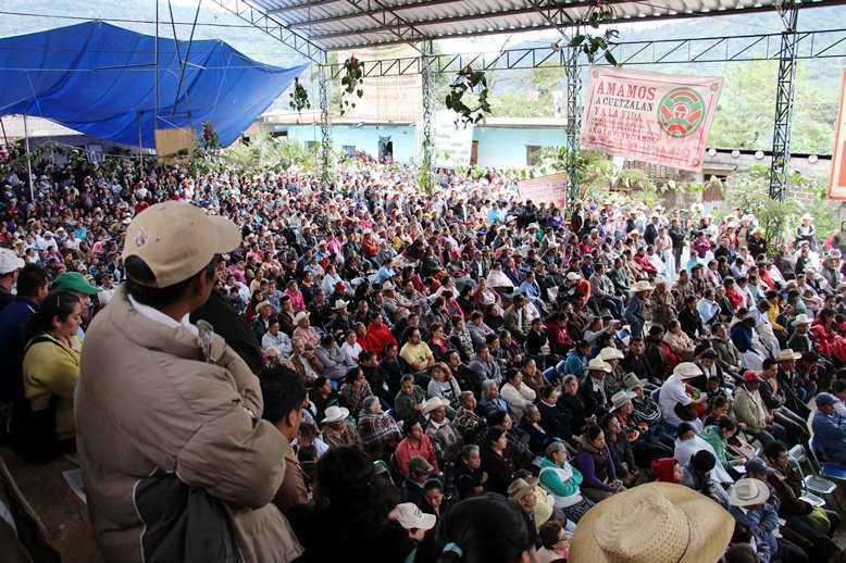 Miles en Puebla y Veracruz rechazan fracking para extraer petróleo
