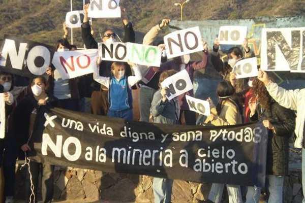 Habitantes de 27 municipios de Puebla y Veracruz rechazan minas, hidroeléctricas y fracking