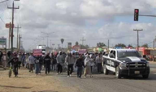 Jornaleros de San Quintín, de nuevo en marcha