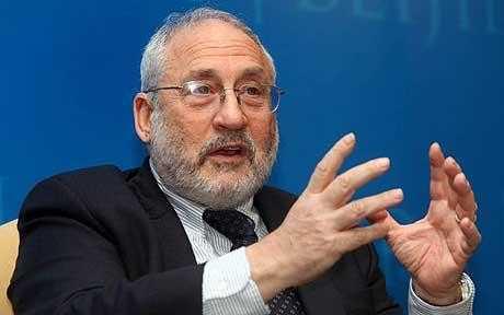 México, país con más pobreza de adultos mayores: Stiglitz
