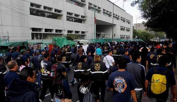 Movilización del sindicato de bomberos en la Ciudad de México