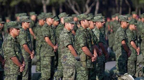Militares no hablarán sobre el caso Ayotzinapa: Osorio Chong