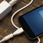 Mitos sobre las mejores maneras de cargar tu celular