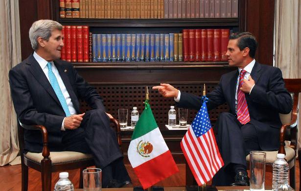 Ejército involucrado en asesinatos y desaparición en México: John Kerry