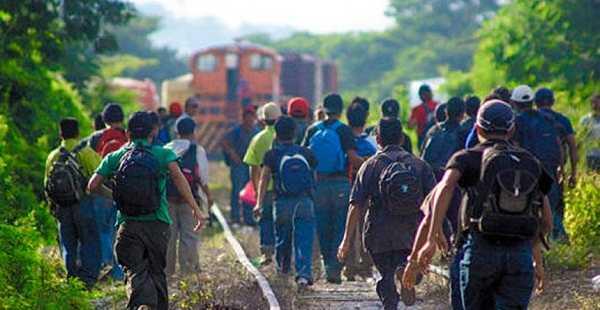 Migrantes recorren nuevas y más peligrosas rutas en México