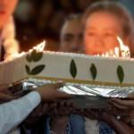 Bolivianos regalarán al Papa un pastel de hoja de coca