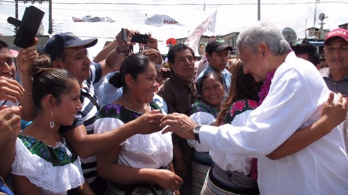 MORENA defenderá al pueblo de México en los congresos: AMLO