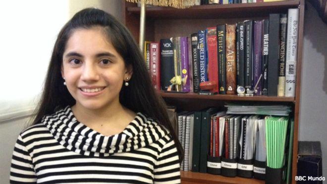 Dafne Almazán, la niña genio que se convierte en la psicóloga más joven del mundo