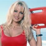 Pamela Anderson pide ayuda a Vladímir Putin
