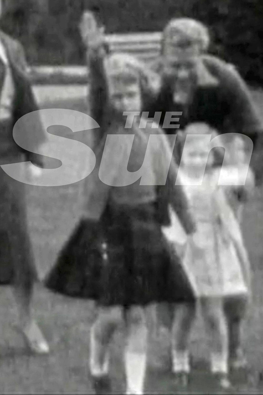 Difunden video con reina Isabel II haciendo saludo nazi de niña