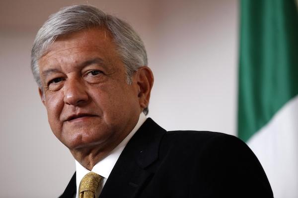 El caso de Miguel Herrera, para ocultar devaluación: AMLO