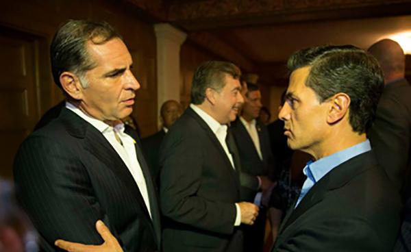 Gabino Cué se suma a Peña Nieto y desparece al IEEPO, golpe contra la CNTE