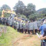 Xochicuautla: policías agreden a pobladores y protegen a HIGA