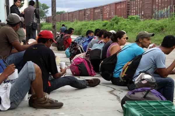 Presupuesto para resguardar fronteras, nada para atención a migrantes