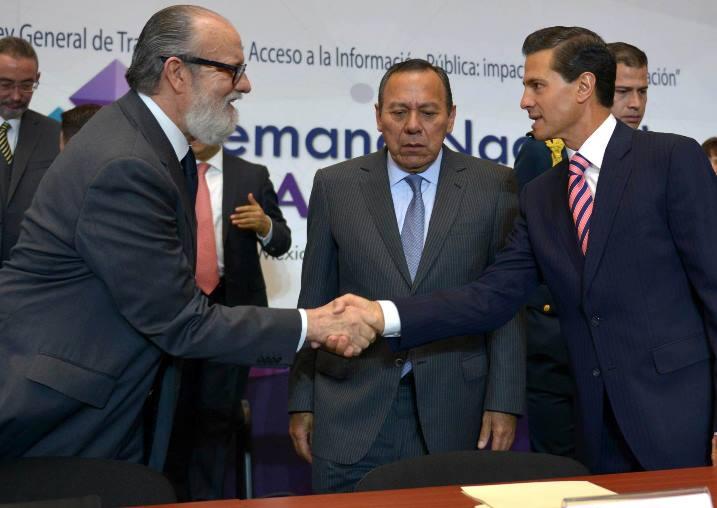 """El """"Complot Mongol"""" contra Peña Nieto"""
