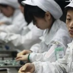 Deplorables condiciones de trabajo en planta de iPhone en China (video)