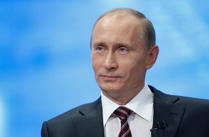 Vladimir Putin le declara la guerra al monopolio de Microsoft