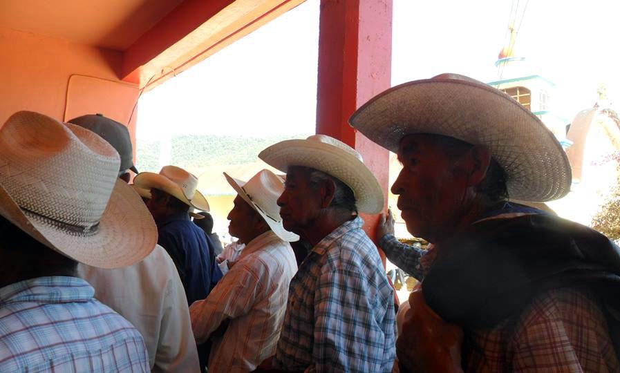 Los pueblos indígenas en las constituciones de México
