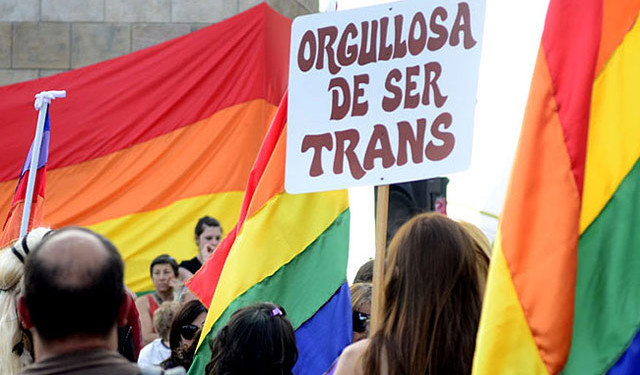 Otorgarán créditos a la población transgénero