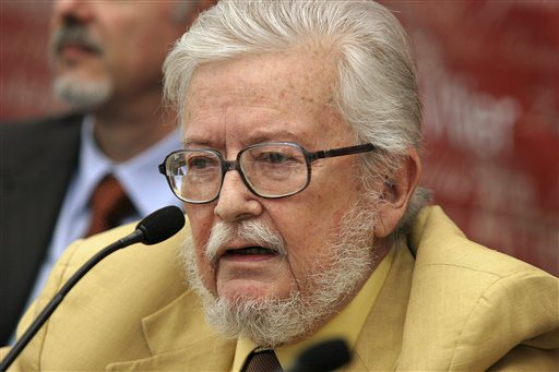"""Tenemos un presidente muy inculto"": Fernando del Paso"