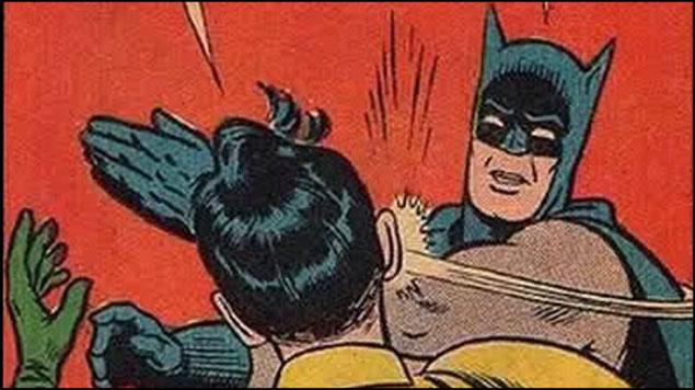Cachetada de Batman a Robin, cumple 50 años