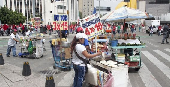 Aumenta informalidad y desempleo en octubre: INEGI