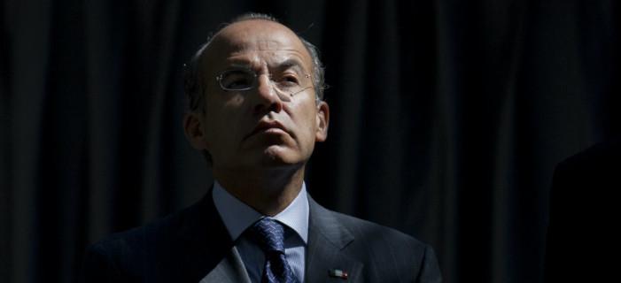 Felipe Calderón pedía dinero para manipular encuestas: Diputada del PAN