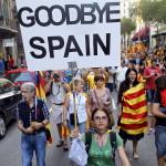 Aprueba Cataluña declaración de independencia