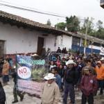 Miles de indígenas marchan en la Sierra Norte vs minas, presas y fracking