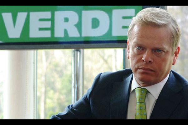 Hermano de Arturo Escobar involucrado en fraude al Partido Verde