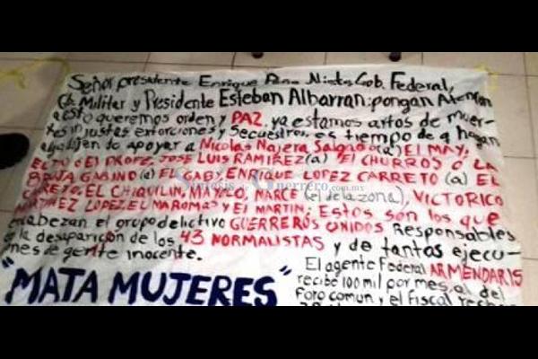 Colocan narcomantas dirigidas a Peña Nieto en Semefo atacado en Iguala