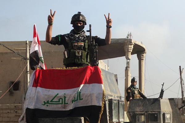 Irak expulsa completamente al Estado Islámico de la ciudad de Ramadi