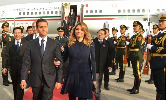 Banobras, SHCP y Sedena se niegan a informar del millonario avión presidencial