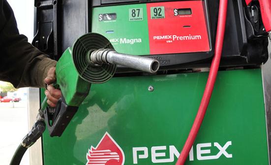 Gobierno de Peña quiere subir la gasolina con el pretexto de la contaminación