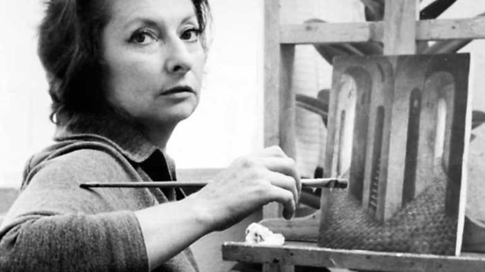 Hoy hace 107 años nació la pintora Remedios Varo