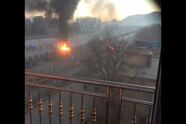 Atentado suicida cerca de la embajada rusa de Kabul deja 7 muertos