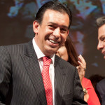 Humberto Moreira queda libre, pero no puede salir de España