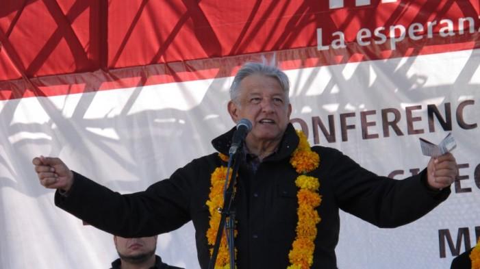 """Que informe El """"Chapo"""" de sus acuerdos con Peña, Calderón y Fox: AMLO"""
