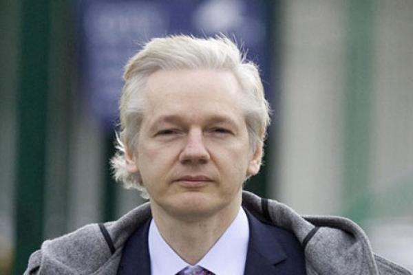 Corte de Suecia ratifica orden de arresto contra Julian Assange