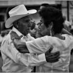 Poema: Únicamente baila (homenaje al resto del año)